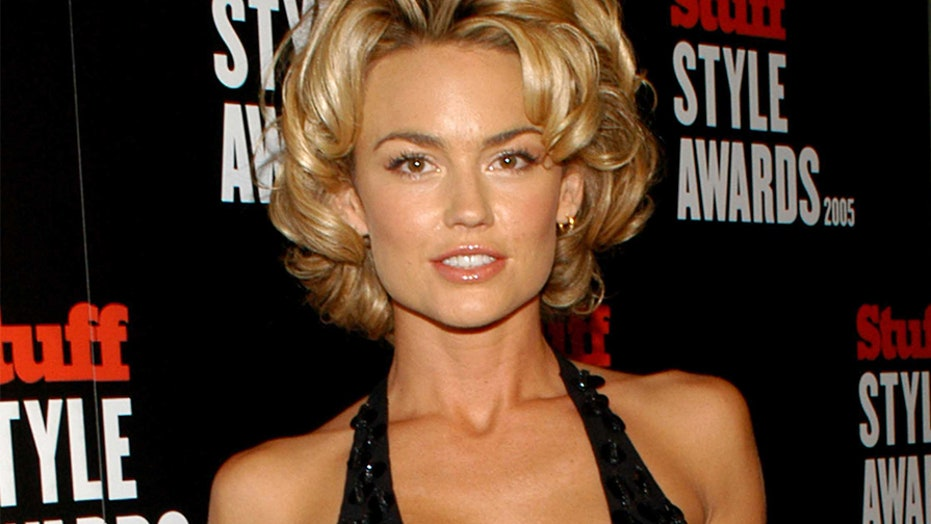 Kelly Carlson Height and Weight, Bra Size, Body Measurements